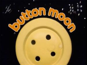 button moon_2.1